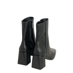 Bambi Leather high-heeled ankle boot with square toe, black, 41 EU